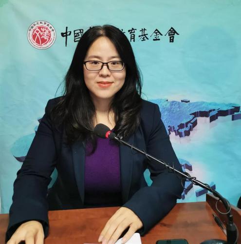 王敏媛老师远程授课(中国华文教育基金会)