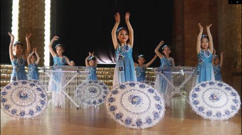 俄罗斯国际中文学校《友谊的旋律》
