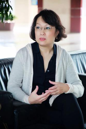 意大利《世界中国》杂志社社长胡兰波。