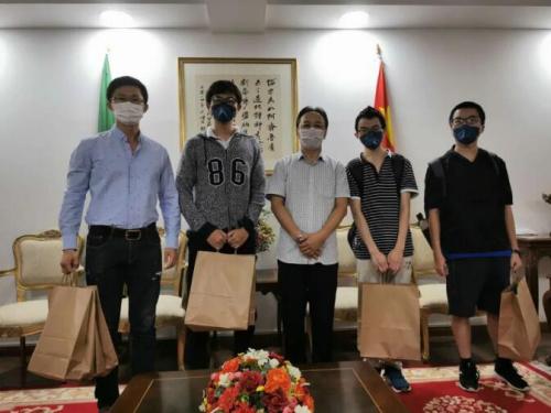 留守巴西的中国学子:以自身平安让祖国亲人心安