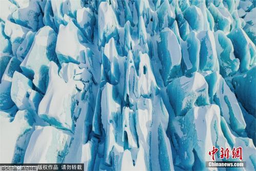 航拍冰岛冰川景观画面 奇幻美景让人震撼