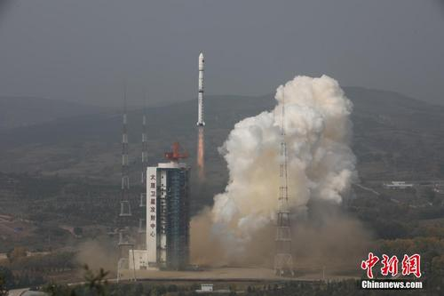 中国成功发射环境减灾二号A、B卫星