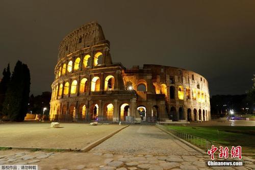 疫情持续 意大利首都罗马实施宵禁