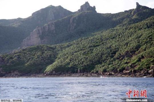 中国海警编队7月14日在中国钓鱼岛领海内巡航
