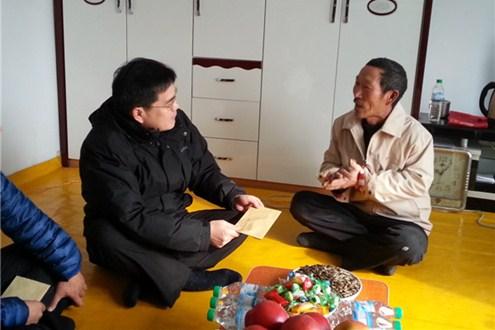 吉林省侨办走访和龙市和珲春市慰问贫困归侨