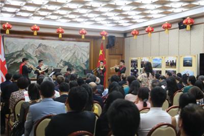中国侨网图片来源:中国驻英国大使馆网站