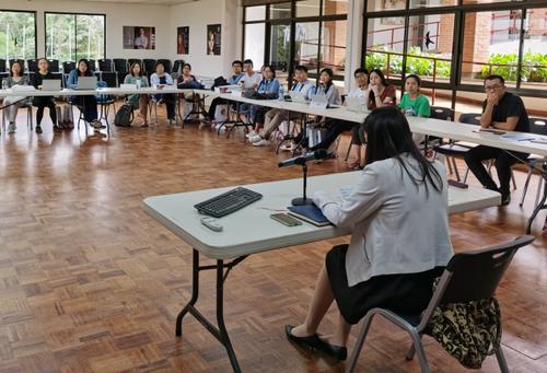 """中国驻哥斯达黎加使馆举办第二期""""领保进校园""""讲座"""