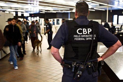 中国侨网美国海关及边防局(cbp)可搜索入境旅客电脑,要求通关密码,不