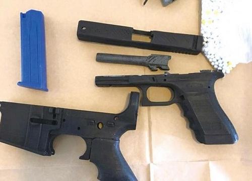 悉尼华裔青年用3d打印技术制作仿真枪被捕(图)