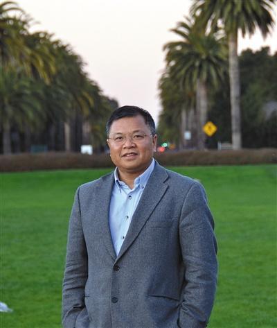 中国侨网黄大年 1958年8月28日生,吉林大学地球探测科学与技术学院教授。