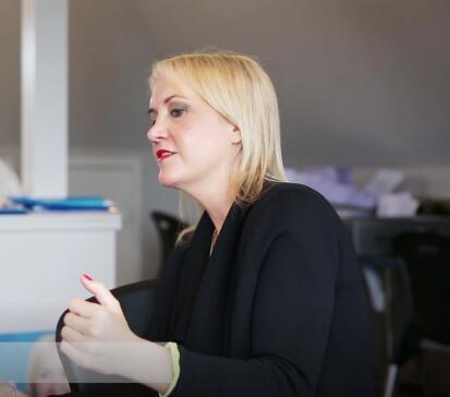 中国侨网新西兰教育部长Nikki Kaye(新西兰天维网)