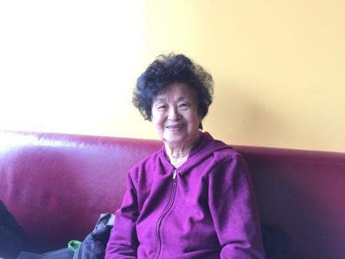 中国侨网温昭瑛的丈夫来美后罹患肾脏病,她毫不犹豫签下器官捐赠书,捐肾救夫。(美国《世界日报》/林群摄影)