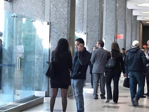 纽约华人月子中心砍人案开庭:嫌犯或将被控谋杀罪