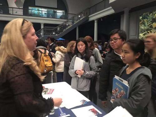 美国举办STEM大学博览会各大高校争取亚裔学生
