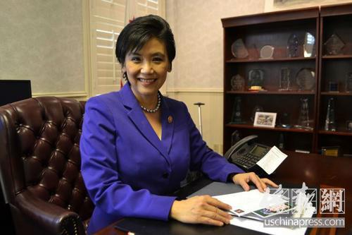 美国国会华裔众议员赵美心抨击特朗普取消公民权