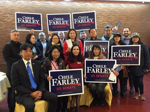 美共和党议员候选人访华社拜票承诺为民众争福利
