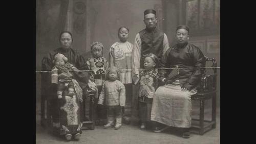 整理美国排华文献2名华裔志工发现父亲资料