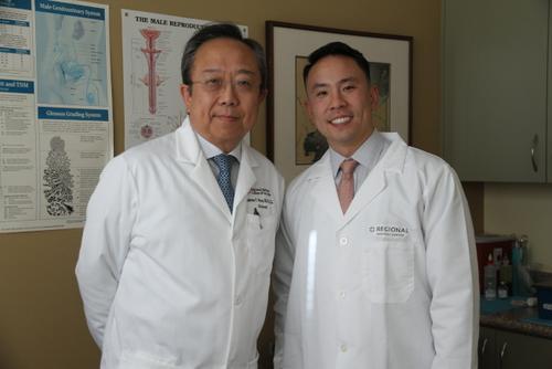 从医有成就感美国华人医生家庭存在子承父业现象