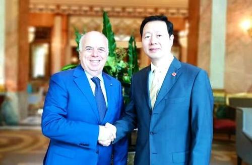 意大利总理府官员会见华社侨领助中意友好发展