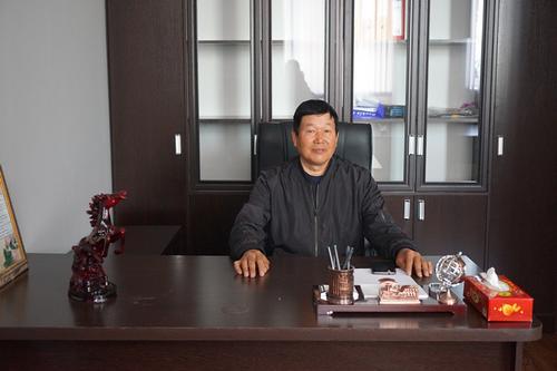 吉国中商商会会长:维护华商利益 共创兄弟情谊