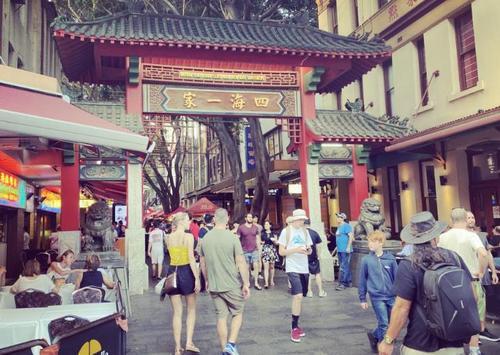 中国侨网位于悉尼最繁华地段的唐人街已有百年历史(新快传媒记者/胡欣同 摄)