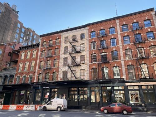 纽约租客免付中介费新规遭反对法官颁布临时禁令