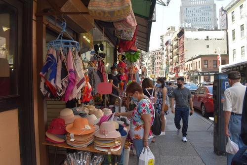 游客不来难以为继纽约华埠礼品店苦撑