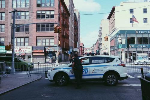 纽约华埠盗窃案频发受害者多为华裔老人