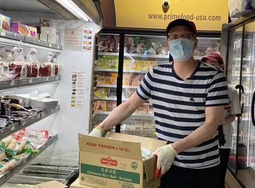 团结熬过疫情难关美国华人超市见曙光