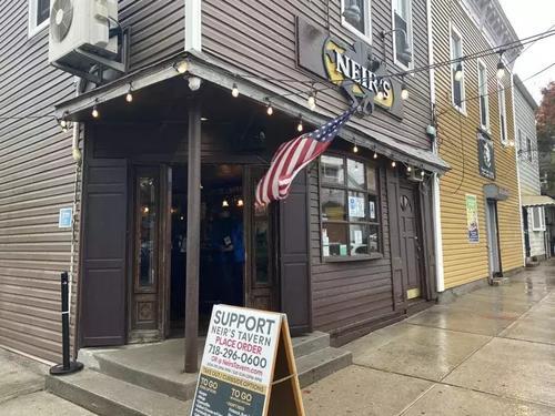 華裔房東降租金紐約一家具有191年歷史酒吧獲重生