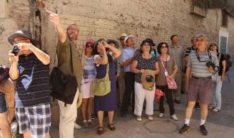 西班牙马拉加拟靠中文服务和高尔夫拉拢中国游客