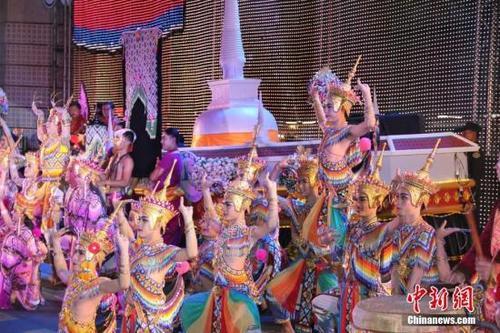 中国新婚夫妇赴泰国旅游被遣返只因没带够钱