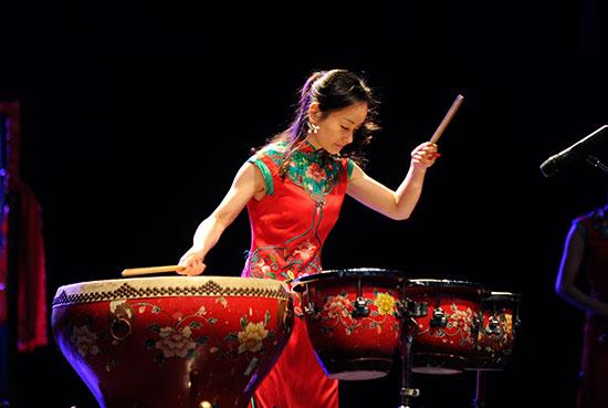 中国侨网民乐演奏《花好月圆》
