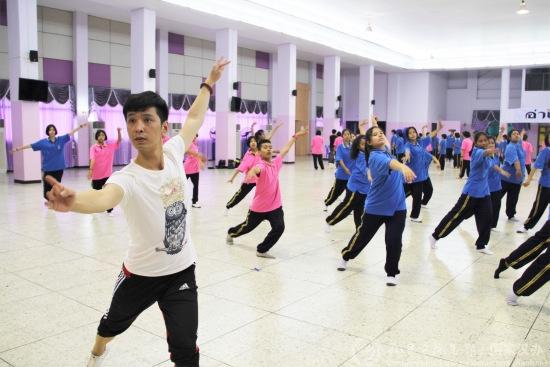 泰国艺术v艺术中国古典学生领略中华技能魅力英语教学模板ppt舞蹈图片