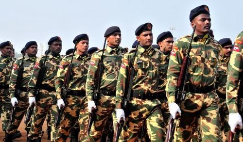 中国侨网资料图:印度士兵。新华社记者汪平摄