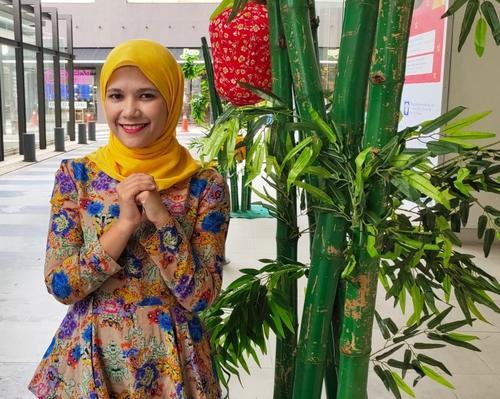 马来西亚首位巫裔华语新闻主播:学中文开阔视野