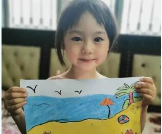 中国华文教育基金会实景课堂《我们在海边玩沙子》开课