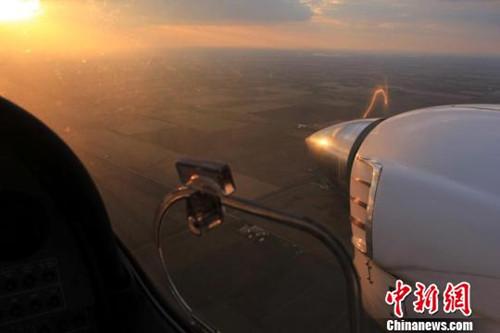 留美博士挑战中国首次自驾飞机环球飞行(图)