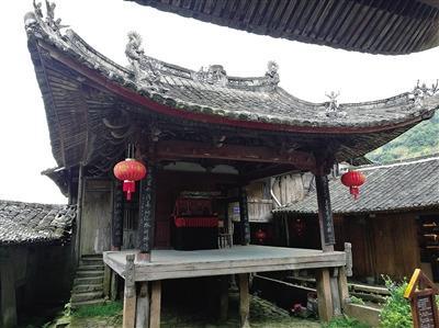 温州碗窑清代古戏台 现全本《白蛇传》连环壁画