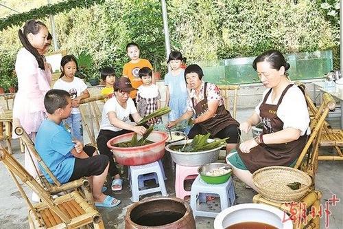 """潮州市""""网络中国节·端午""""直播活动在凤凰镇举行"""