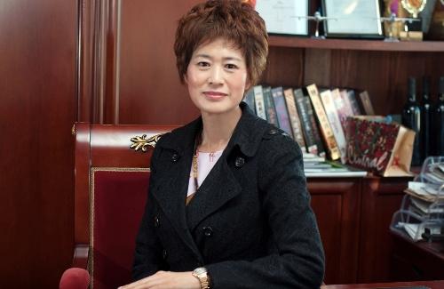 刘秀华:中华文化传播人