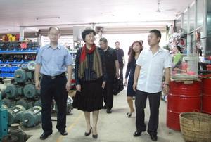 国侨办副主任王晓萍访问老挝琅勃拉邦