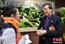 大马中国总商会总会长接受记者采访