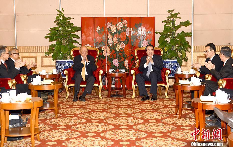 许又声会见新加坡-中国友好协会访华团一行