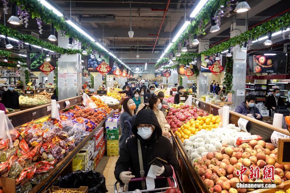 纽约华人社区超市物资供应充足