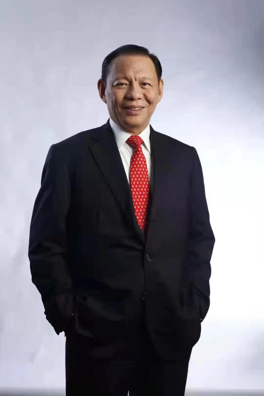 陈江和:新加坡金鹰集团主席