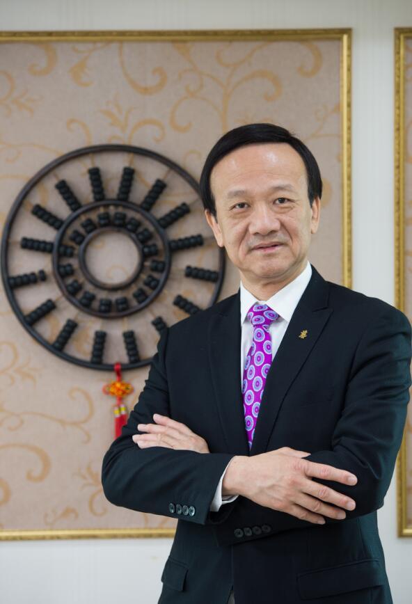 刘艺良:创世企业集团有限公司董事长
