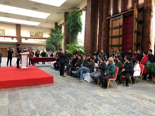 中国侨网旅美艺术家王鑫生中美艺术交流作品展开幕式