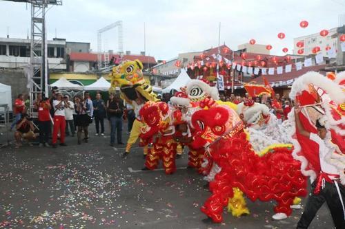 毛里求斯唐人街美食文化节开幕美食飘香人头攒动