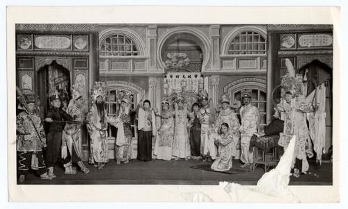 美国华人研究中国城剧院重建被遗忘北美音乐史